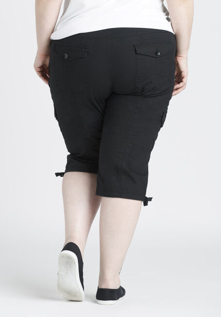 Ladies' Plus Size Cargo Capri, BLACK, hi-res