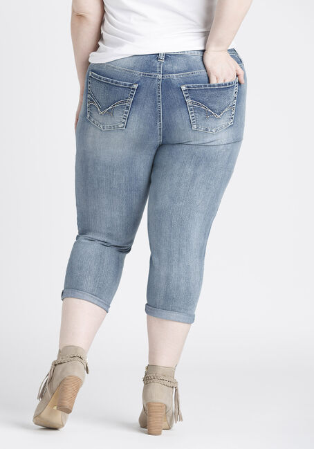 Ladies' Plus Size Slim Capri, LIGHT VINTAGE WASH, hi-res