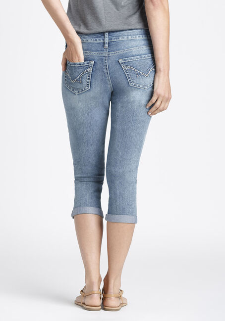 Ladies' Slim Capri, LIGHT WASH, hi-res