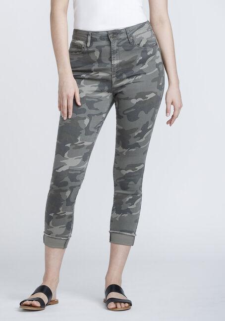 Women's Frayed Hem Camo Skinny Jeans