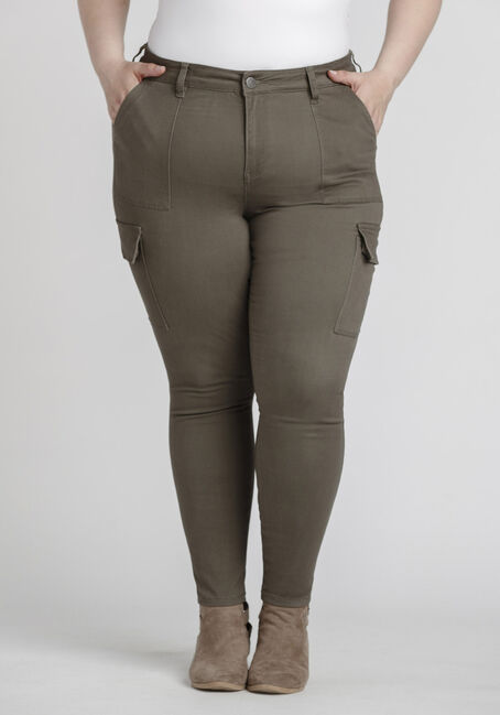 Women's Plus Size Skinny Cargo Pant