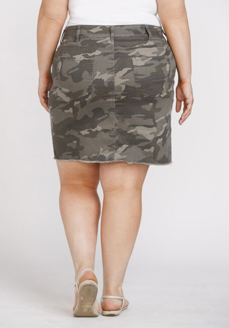 Women's Plus Size Camo Print Frayed Hem Skirt, DARK OLIVE, hi-res