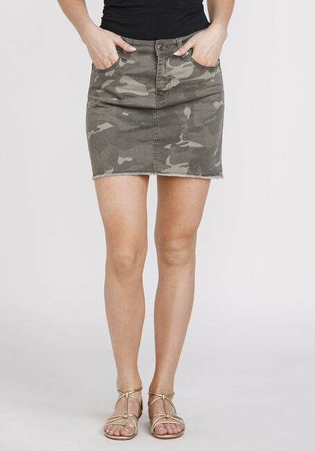 Women's Camo Print Frayed Hem Skirt