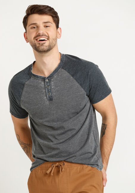 Men's Henley Baseball Tee