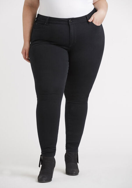 Women's Plus 5 Pocket Black Skinny