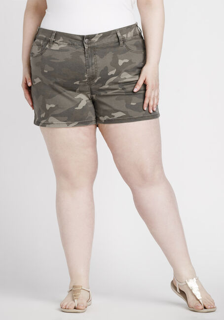 Women's Plus Size Camo Print Short