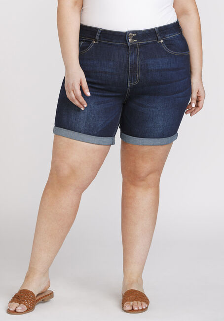 Women's Plus Size Cuffed Midi Short