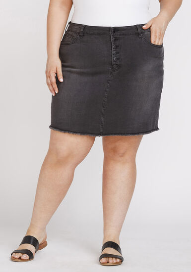 Women's Plus Size Exposed Button Frayed Hem Skirt, BLACK, hi-res