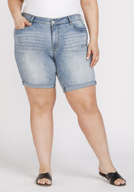 Women's Plus Size Destroyed Relaxed Cuffed Bermuda Short