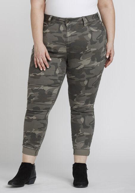 Women's Plus Size Frayed Hem Camo Skinny Pant