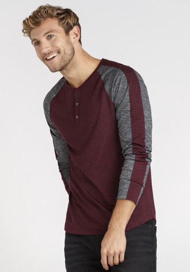 Men's Henley Sleeve Stripe Tee, HOLLY BERRY, hi-res