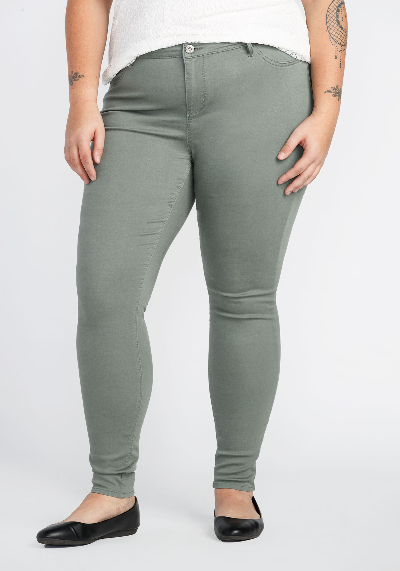 6d3897a0328 Women s Plus Size Skinny Pant